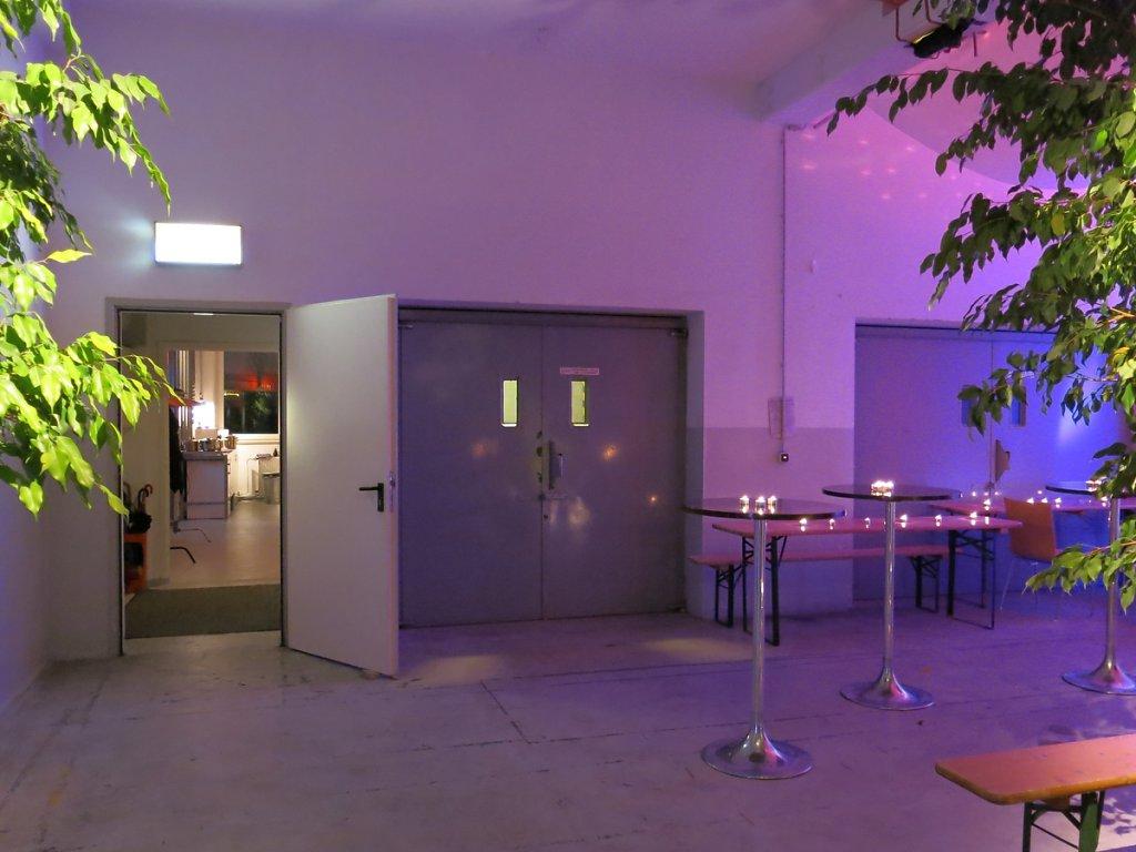 vorraum studio loft 506 mietstudio f r foto film und eventlocation seminarraum. Black Bedroom Furniture Sets. Home Design Ideas
