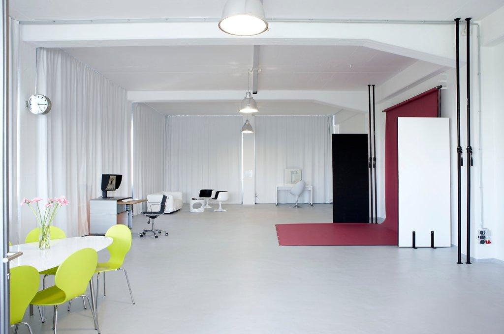 loft 506 mietstudio f r foto film und eventlocation seminarraum. Black Bedroom Furniture Sets. Home Design Ideas